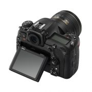 Nikon D500 + Kit 16-80mm VR-c